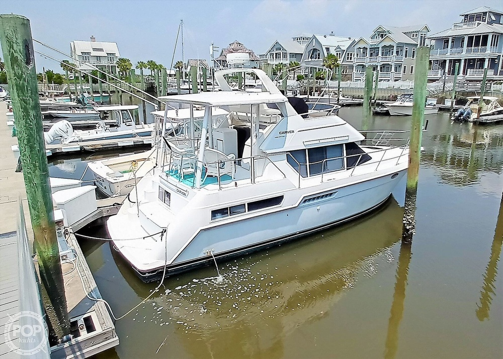 1997 Carver boat for sale, model of the boat is 355 AFT CABIN & Image # 4 of 40
