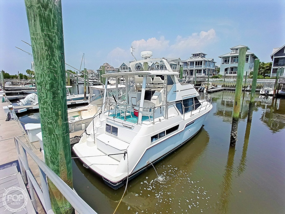 1997 Carver boat for sale, model of the boat is 355 AFT CABIN & Image # 5 of 40