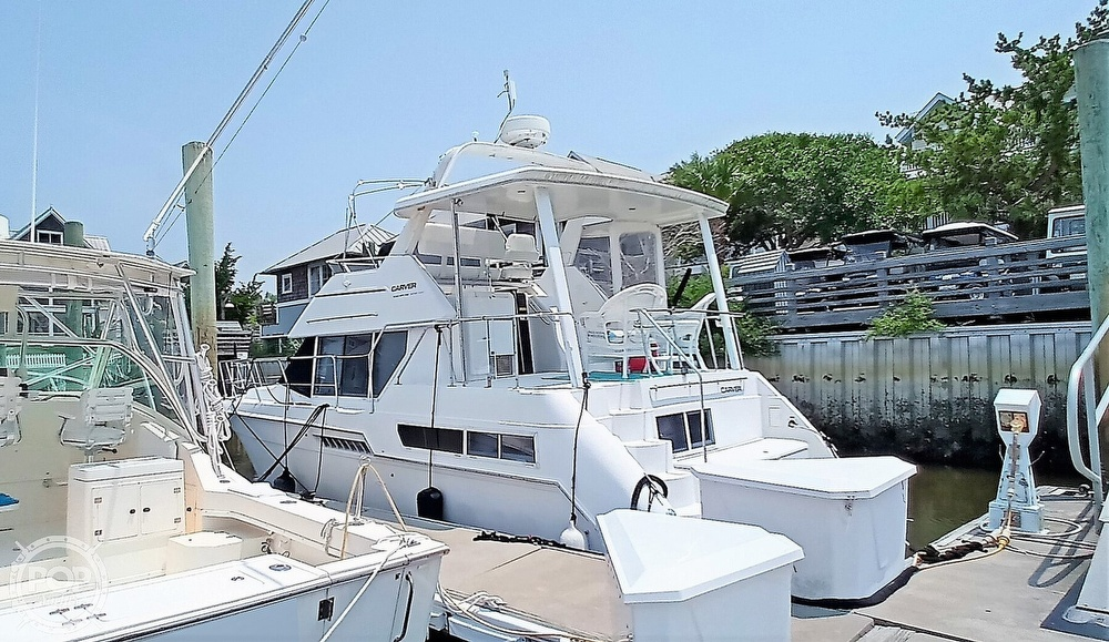 1997 Carver boat for sale, model of the boat is 355 AFT CABIN & Image # 8 of 40