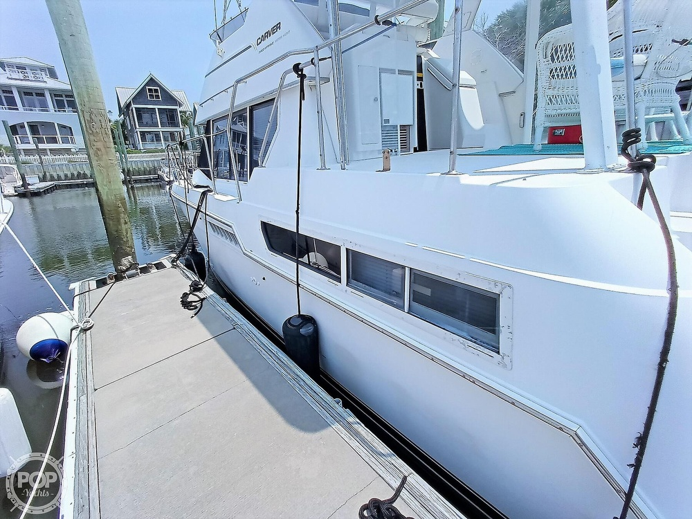 1997 Carver boat for sale, model of the boat is 355 AFT CABIN & Image # 13 of 40