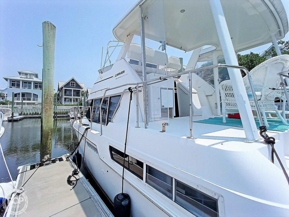 1997 Carver boat for sale, model of the boat is 355 AFT CABIN & Image # 14 of 40