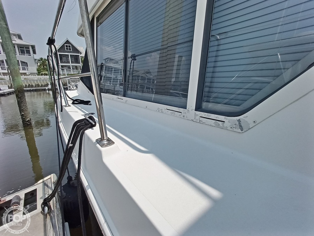 1997 Carver boat for sale, model of the boat is 355 AFT CABIN & Image # 18 of 40