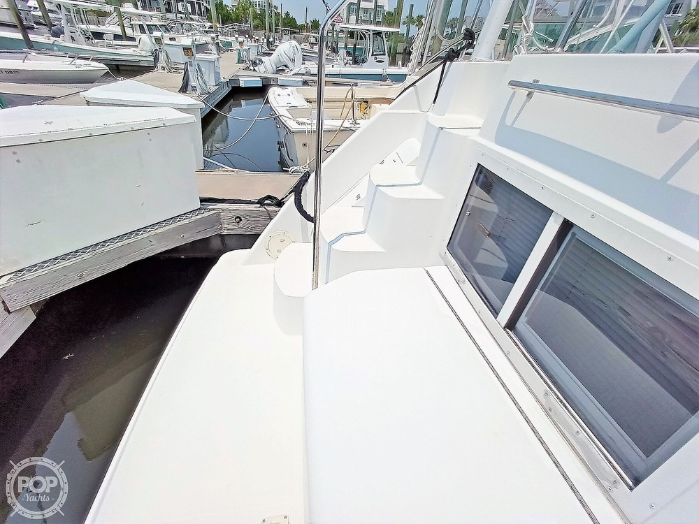 1997 Carver boat for sale, model of the boat is 355 AFT CABIN & Image # 26 of 40