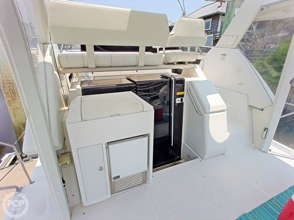1997 Carver boat for sale, model of the boat is 355 AFT CABIN & Image # 33 of 40