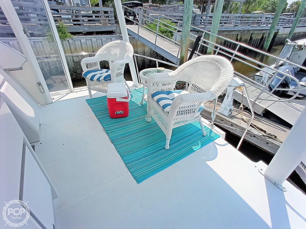 1997 Carver boat for sale, model of the boat is 355 AFT CABIN & Image # 36 of 40