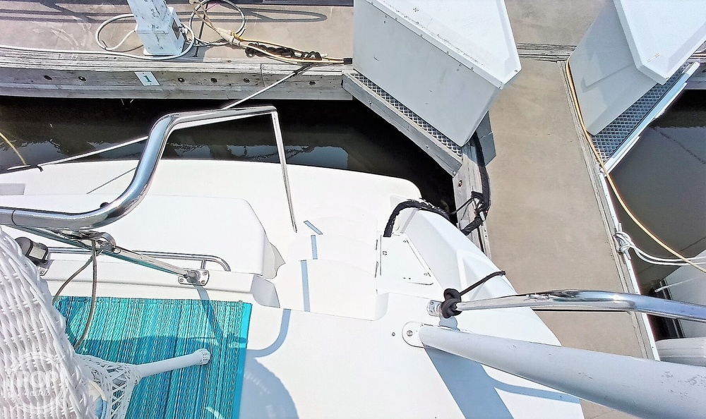 1997 Carver boat for sale, model of the boat is 355 AFT CABIN & Image # 38 of 40