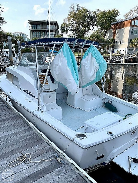 1970 Bertram boat for sale, model of the boat is 25' Cabin Cruiser & Image # 2 of 40