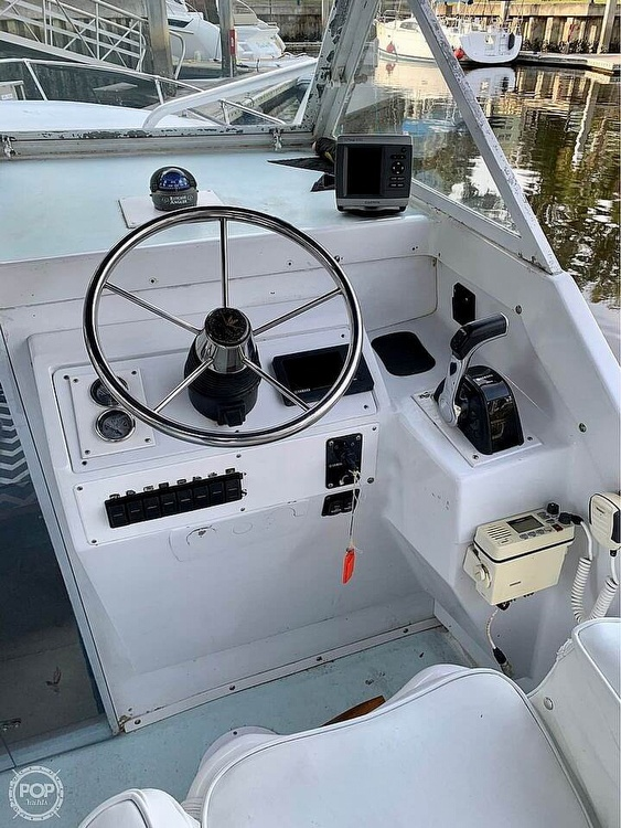 1970 Bertram boat for sale, model of the boat is 25' Cabin Cruiser & Image # 3 of 40