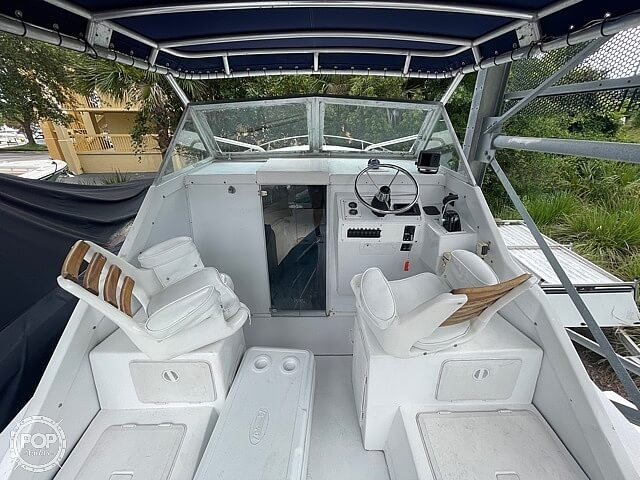 1970 Bertram boat for sale, model of the boat is 25' Cabin Cruiser & Image # 26 of 40