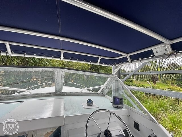 1970 Bertram boat for sale, model of the boat is 25' Cabin Cruiser & Image # 31 of 40