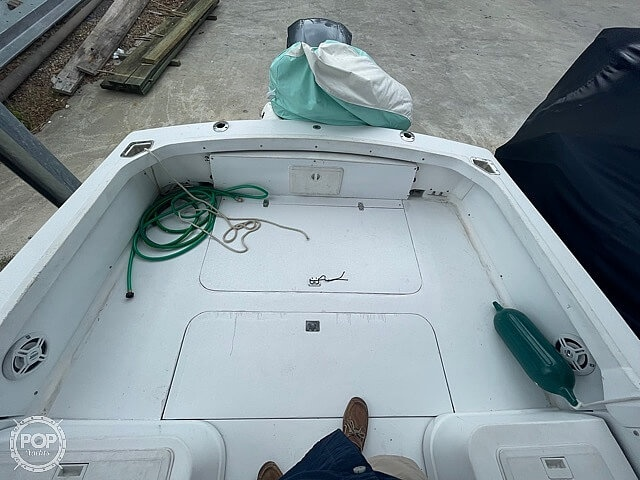 1970 Bertram boat for sale, model of the boat is 25' Cabin Cruiser & Image # 33 of 40