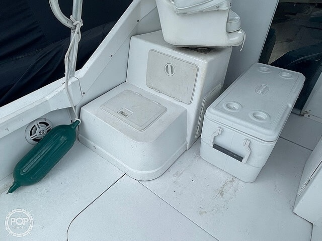 1970 Bertram boat for sale, model of the boat is 25' Cabin Cruiser & Image # 39 of 40