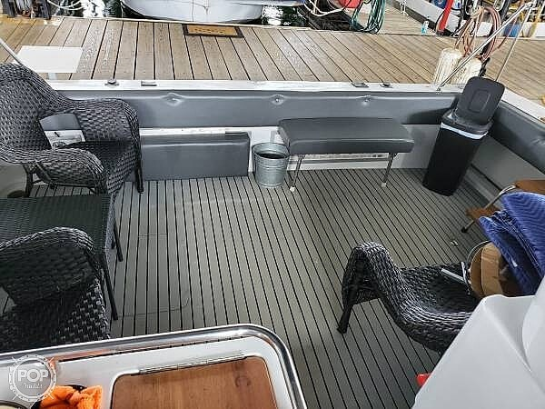 1989 Trojan boat for sale, model of the boat is 11 Meter Express 370 & Image # 33 of 40