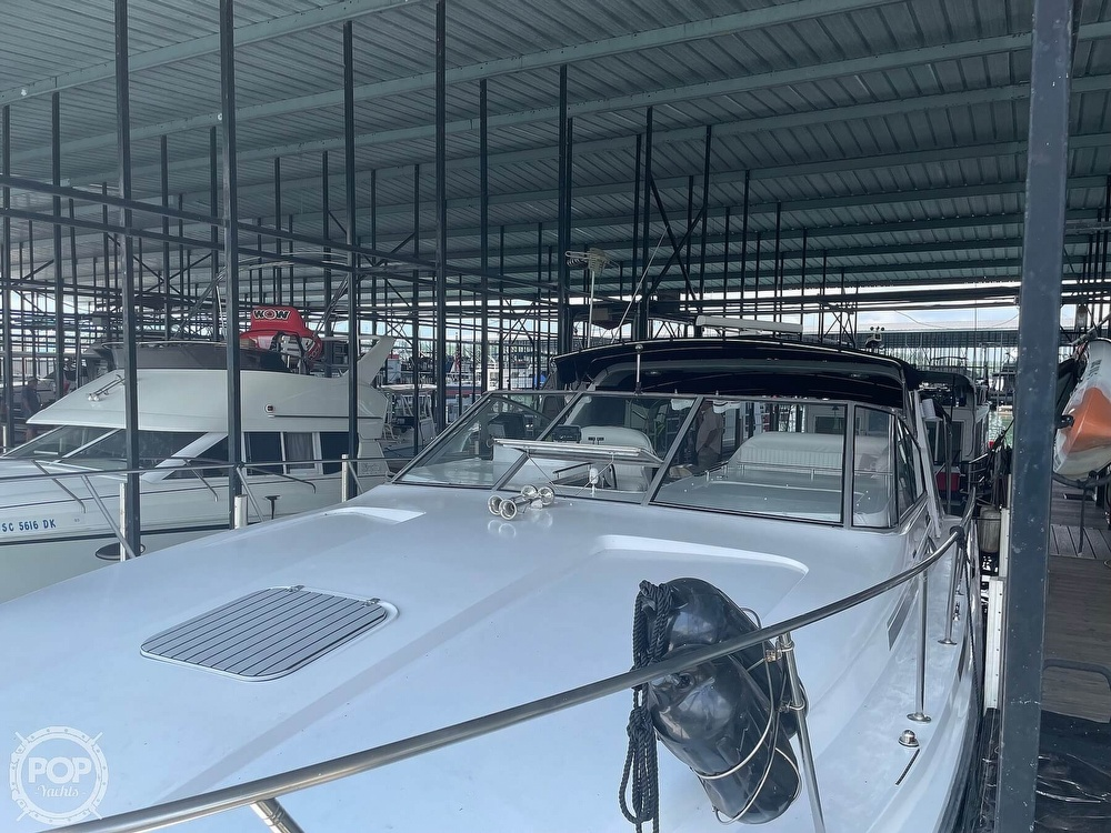 1989 Trojan boat for sale, model of the boat is 11 Meter Express 370 & Image # 2 of 40