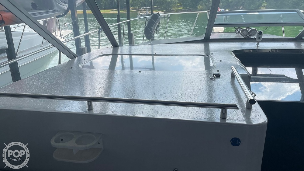 1989 Trojan boat for sale, model of the boat is 11 Meter Express 370 & Image # 38 of 40