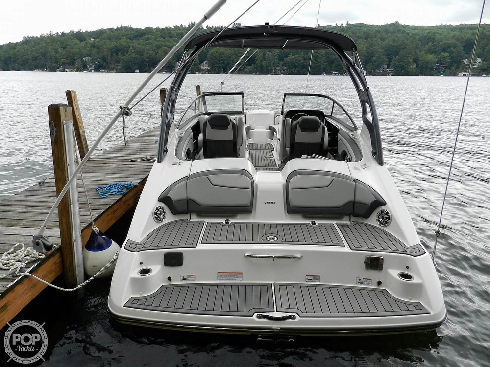 2017 Yamaha boat for sale, model of the boat is 212 Limited S & Image # 14 of 40