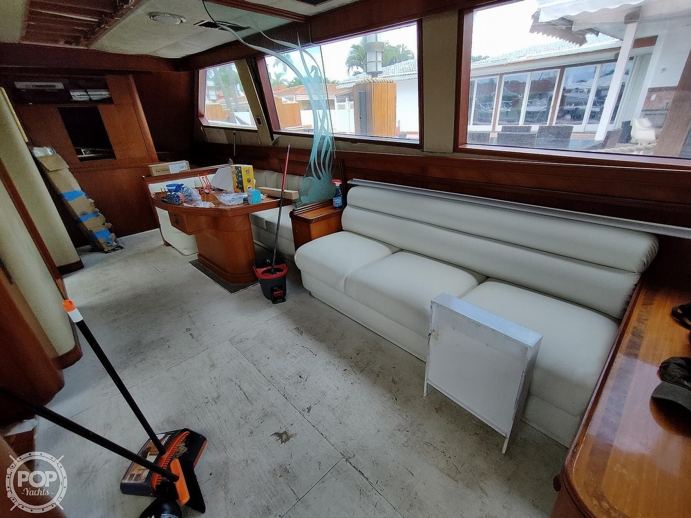 1992 Lydia Yachts boat for sale, model of the boat is 92 Sportfisher & Image # 14 of 40