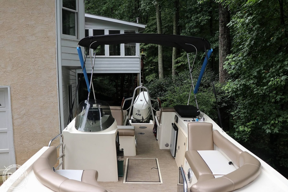 2015 Caravelle boat for sale, model of the boat is 236 FSR & Image # 11 of 40