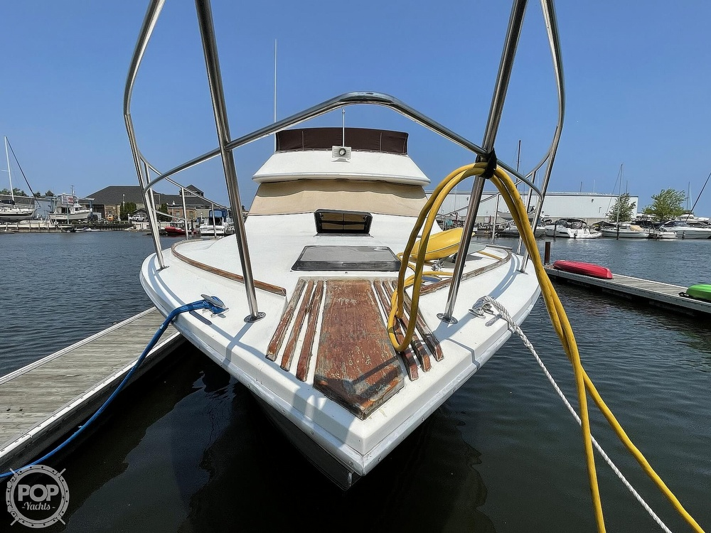 1982 Sea Ray boat for sale, model of the boat is 355T Sedan & Image # 9 of 40
