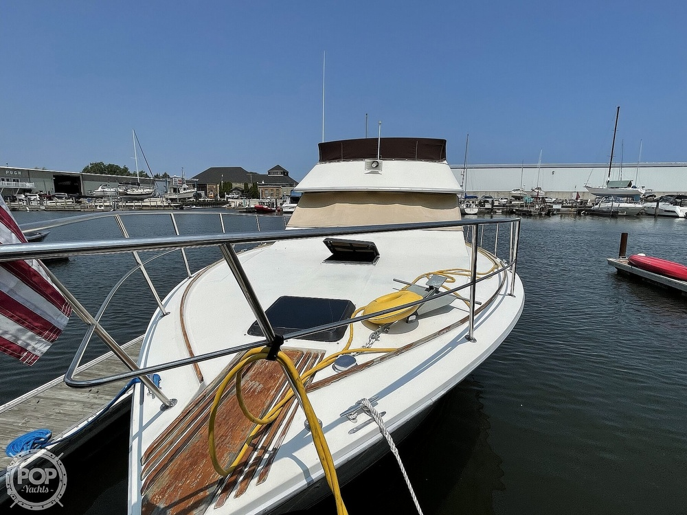 1982 Sea Ray boat for sale, model of the boat is 355T Sedan & Image # 10 of 40