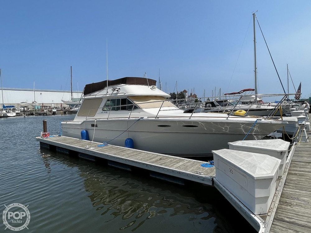 1982 Sea Ray boat for sale, model of the boat is 355T Sedan & Image # 15 of 40