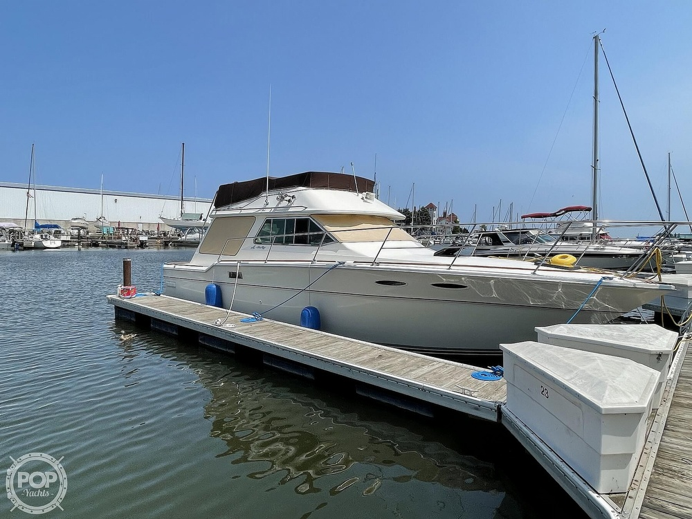 1982 Sea Ray boat for sale, model of the boat is 355T Sedan & Image # 16 of 40