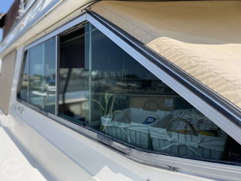 1982 Sea Ray boat for sale, model of the boat is 355T Sedan & Image # 31 of 40