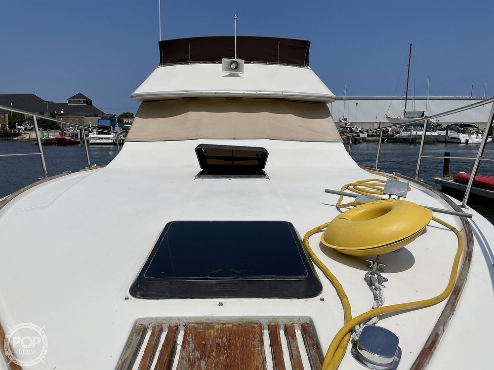 1982 Sea Ray boat for sale, model of the boat is 355T Sedan & Image # 36 of 40