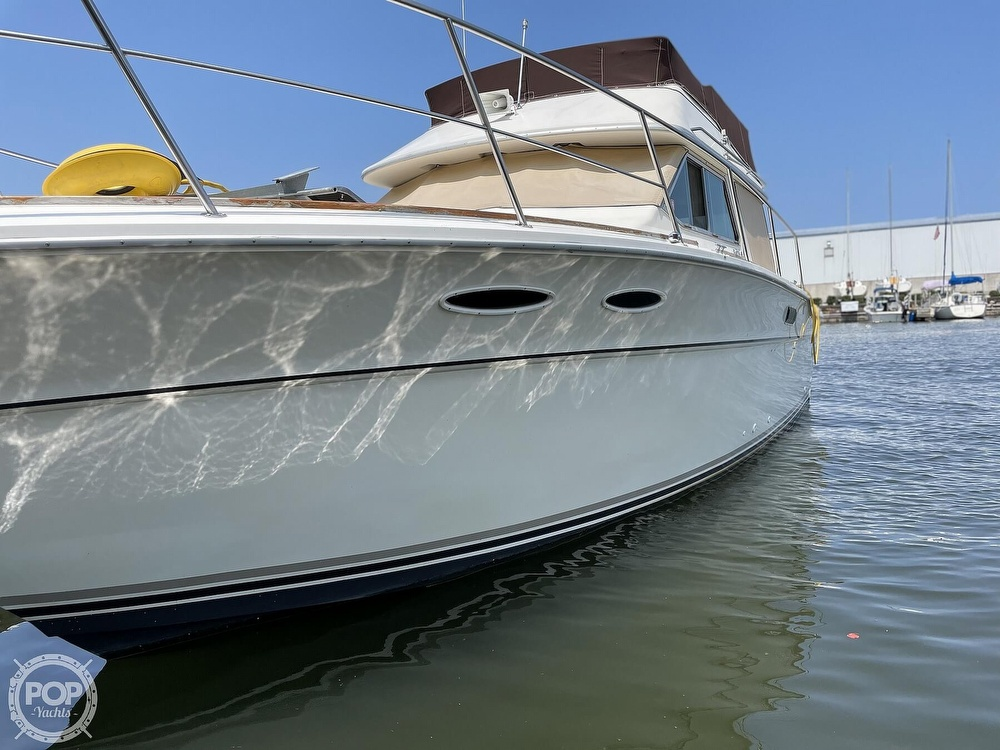 1982 Sea Ray boat for sale, model of the boat is 355T Sedan & Image # 38 of 40