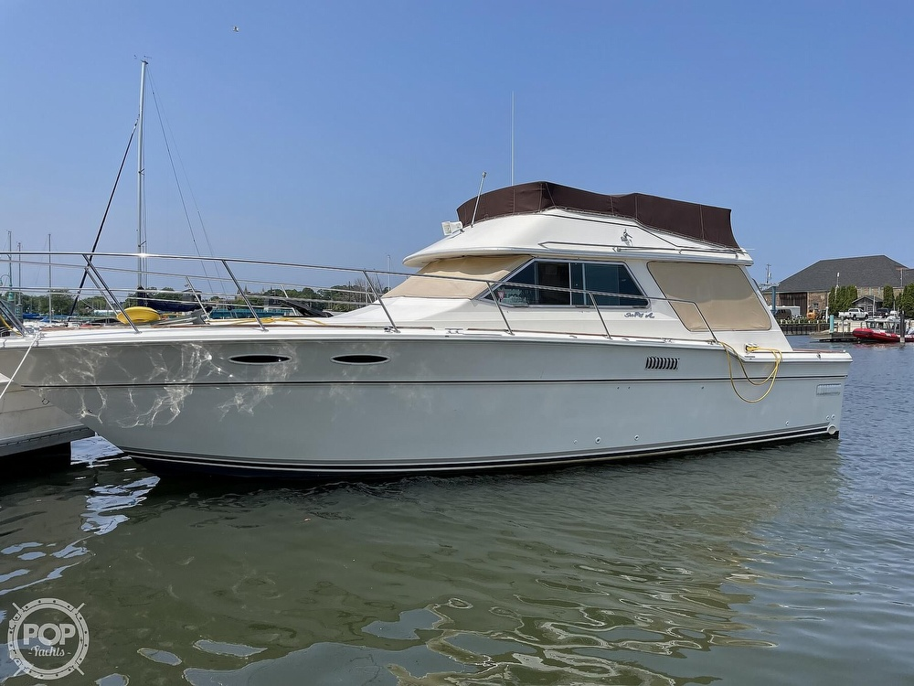 1982 Sea Ray boat for sale, model of the boat is 355T Sedan & Image # 39 of 40