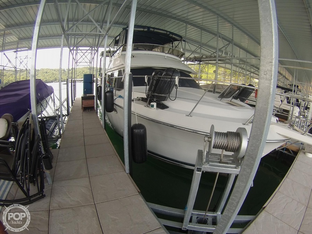 1995 Carver boat for sale, model of the boat is 370 Aft Cabin & Image # 2 of 40