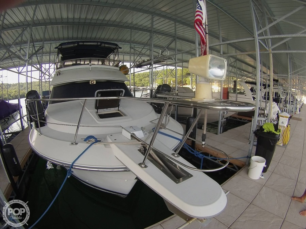 1995 Carver boat for sale, model of the boat is 370 Aft Cabin & Image # 19 of 40