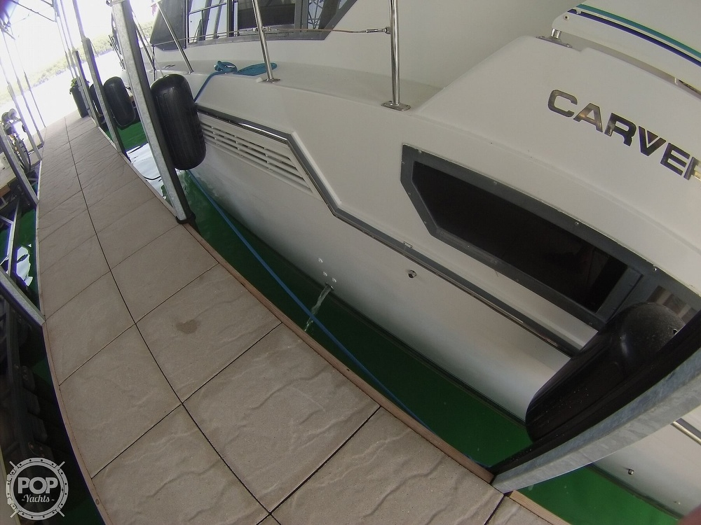 1995 Carver boat for sale, model of the boat is 370 Aft Cabin & Image # 29 of 40