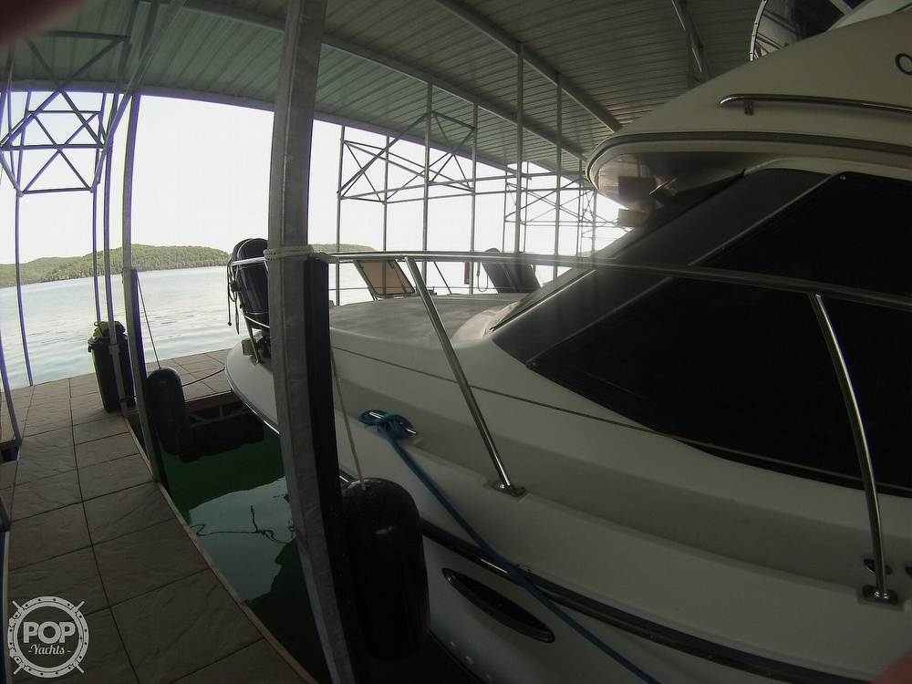 1995 Carver boat for sale, model of the boat is 370 Aft Cabin & Image # 30 of 40