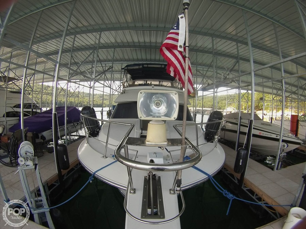 1995 Carver boat for sale, model of the boat is 370 Aft Cabin & Image # 32 of 40