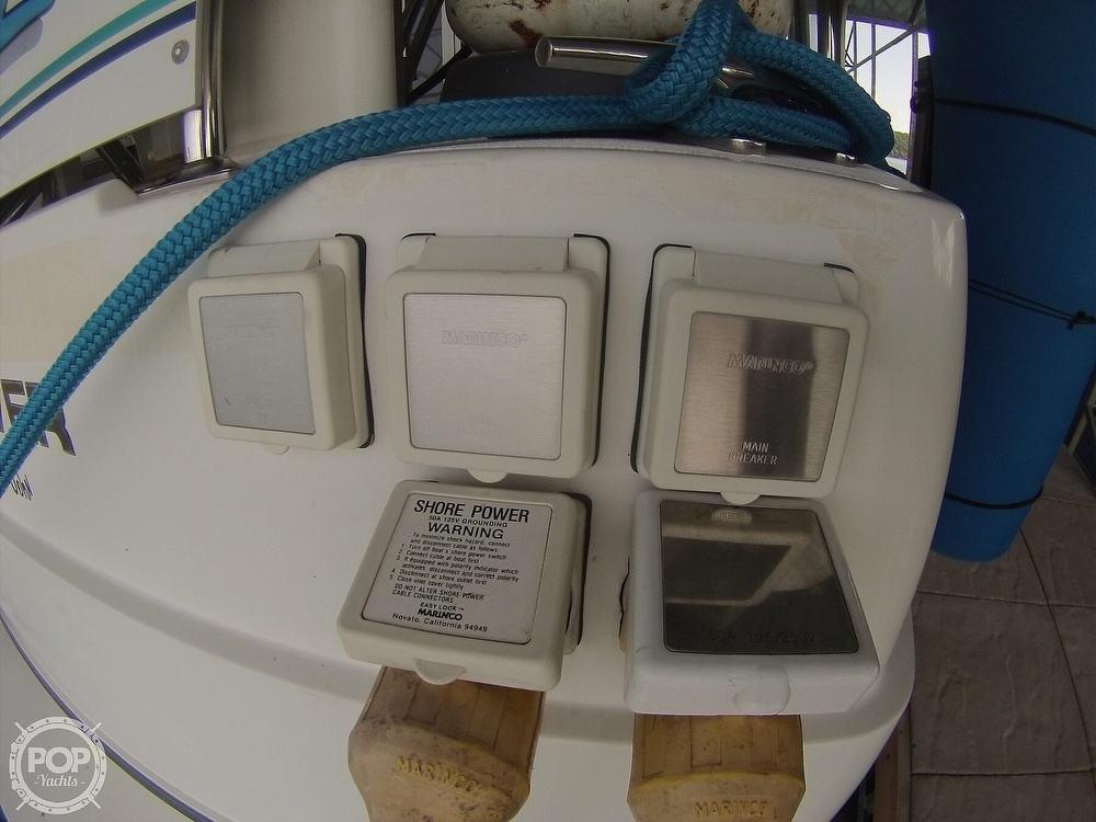 1995 Carver boat for sale, model of the boat is 370 Aft Cabin & Image # 35 of 40