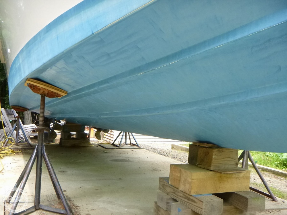 1988 Sea Fox boat for sale, model of the boat is 29 & Image # 12 of 40