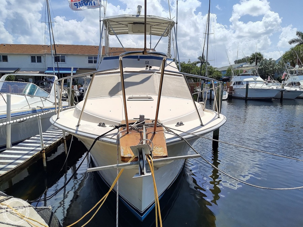 1989 Pacemaker boat for sale, model of the boat is 33 & Image # 12 of 40