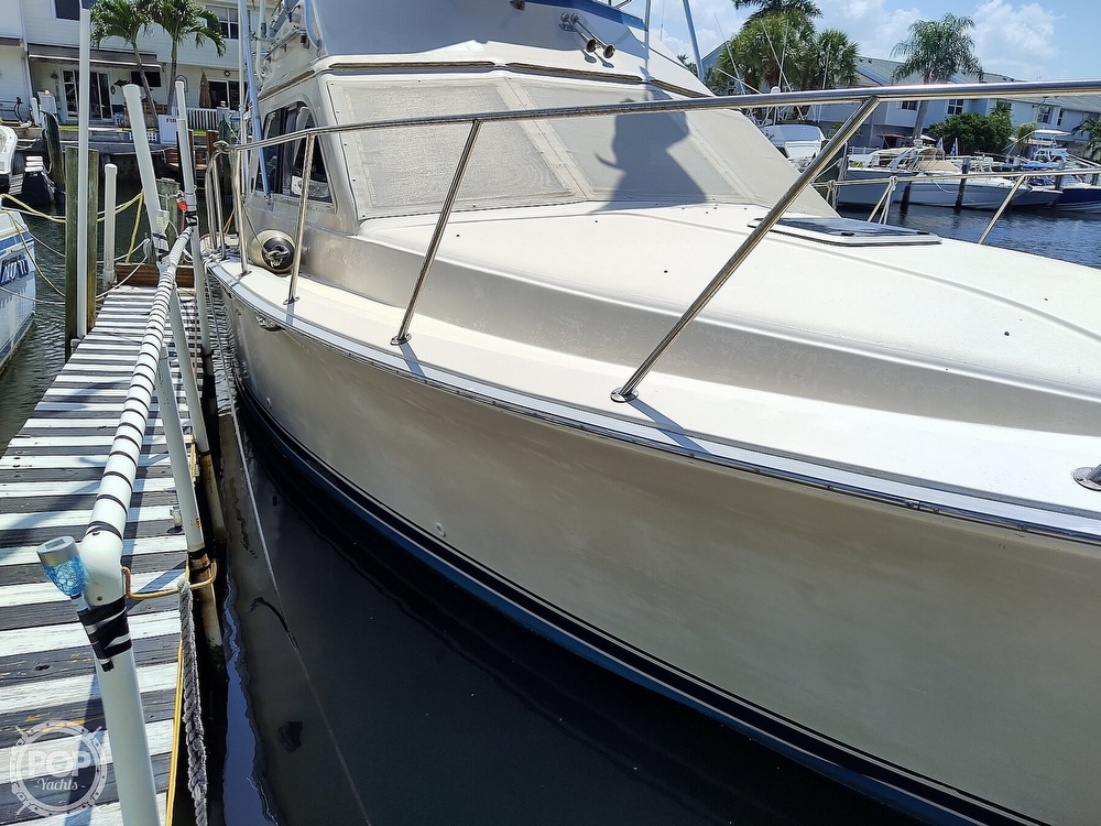 1989 Pacemaker boat for sale, model of the boat is 33 & Image # 23 of 40
