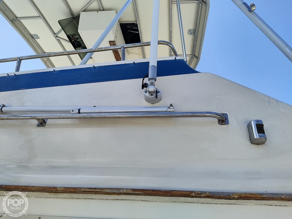 1989 Pacemaker boat for sale, model of the boat is 33 & Image # 29 of 40