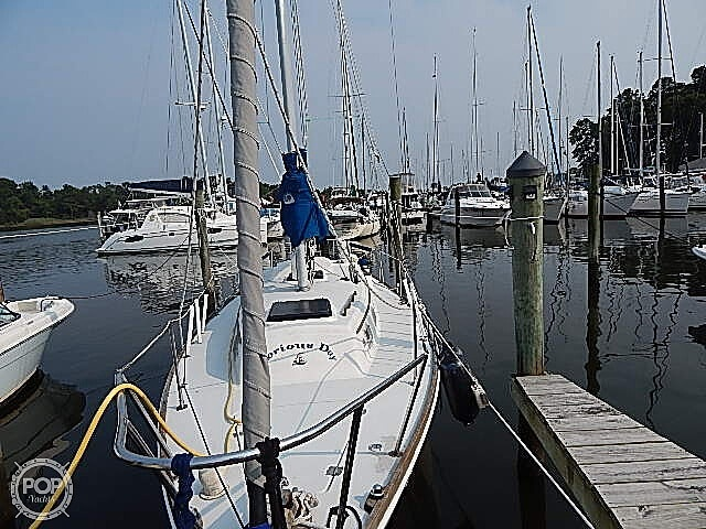 1981 Pearson boat for sale, model of the boat is 35 & Image # 14 of 40