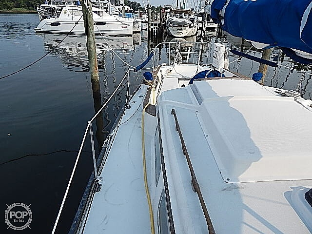 1981 Pearson boat for sale, model of the boat is 35 & Image # 34 of 40