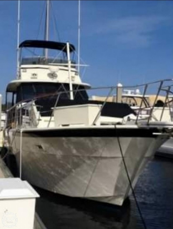 1975 Hatteras boat for sale, model of the boat is Double Cabin & Image # 2 of 40