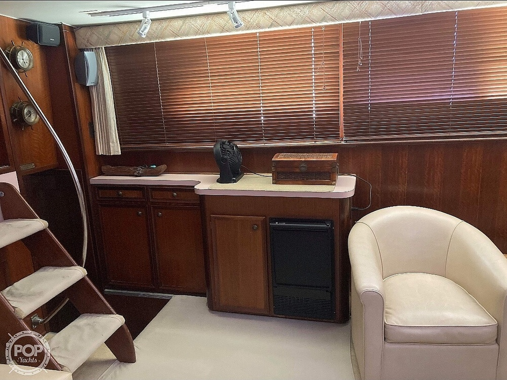 1975 Hatteras boat for sale, model of the boat is Double Cabin & Image # 10 of 40