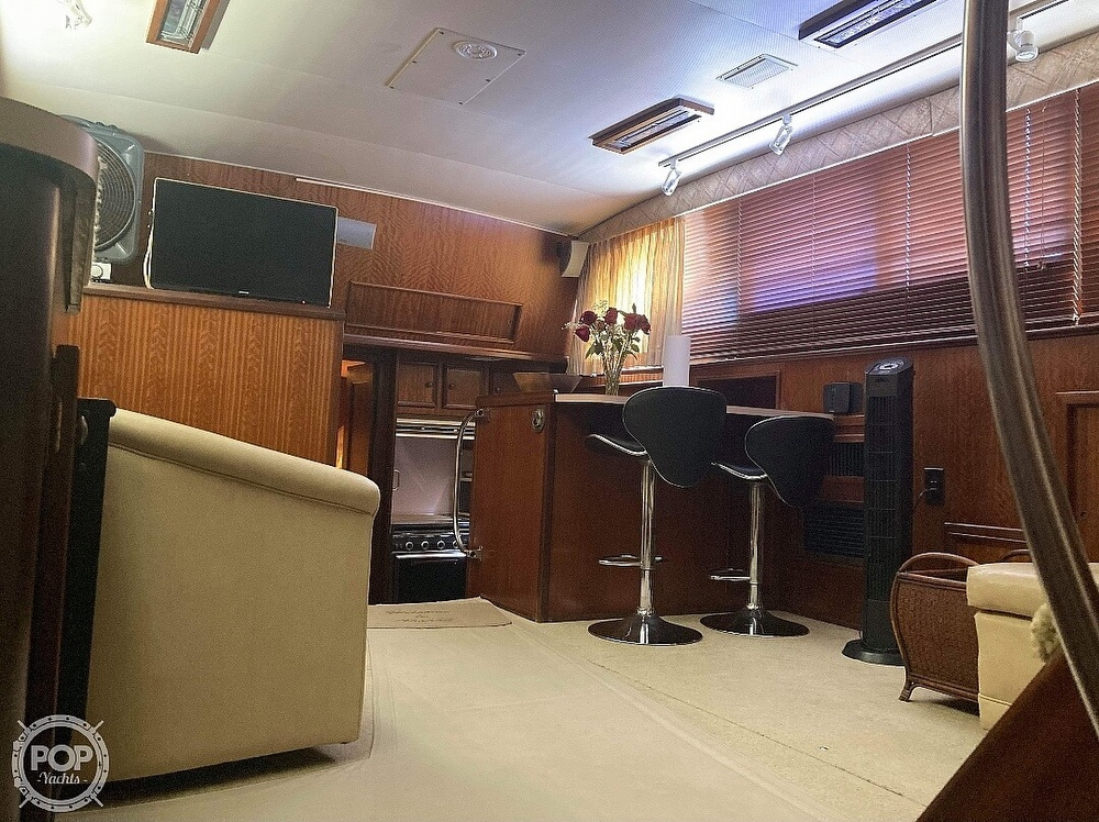 1975 Hatteras boat for sale, model of the boat is Double Cabin & Image # 11 of 40