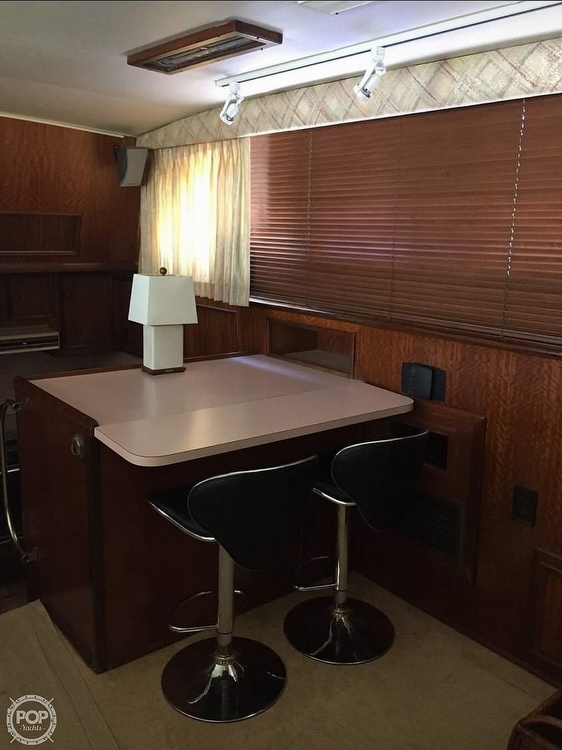 1975 Hatteras boat for sale, model of the boat is Double Cabin & Image # 12 of 40