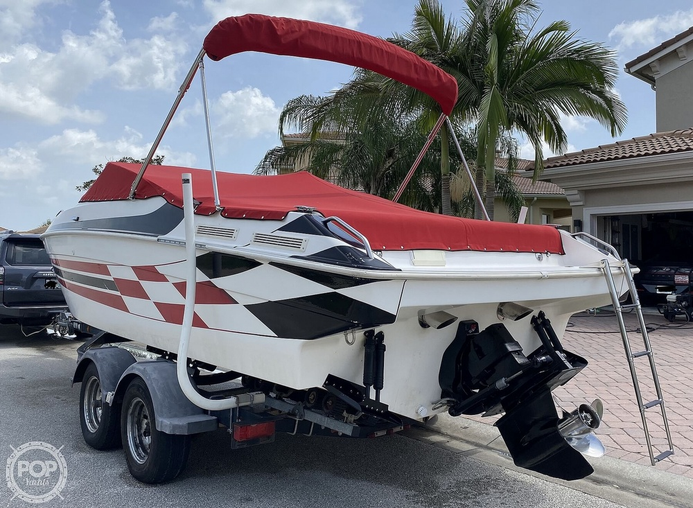 2000 Checkmate boat for sale, model of the boat is Convincor & Image # 14 of 40