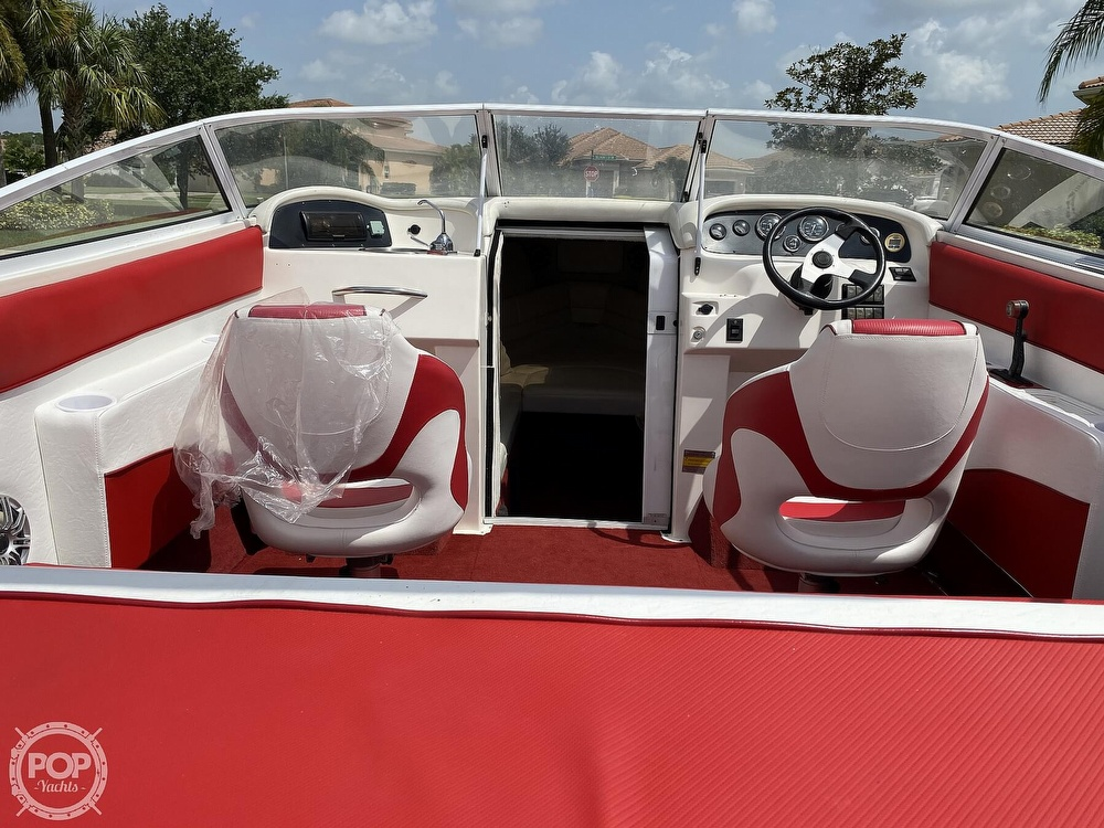 2000 Checkmate boat for sale, model of the boat is Convincor & Image # 25 of 40