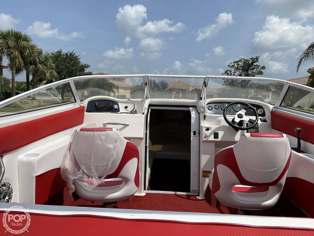 2000 Checkmate boat for sale, model of the boat is Convincor & Image # 26 of 40