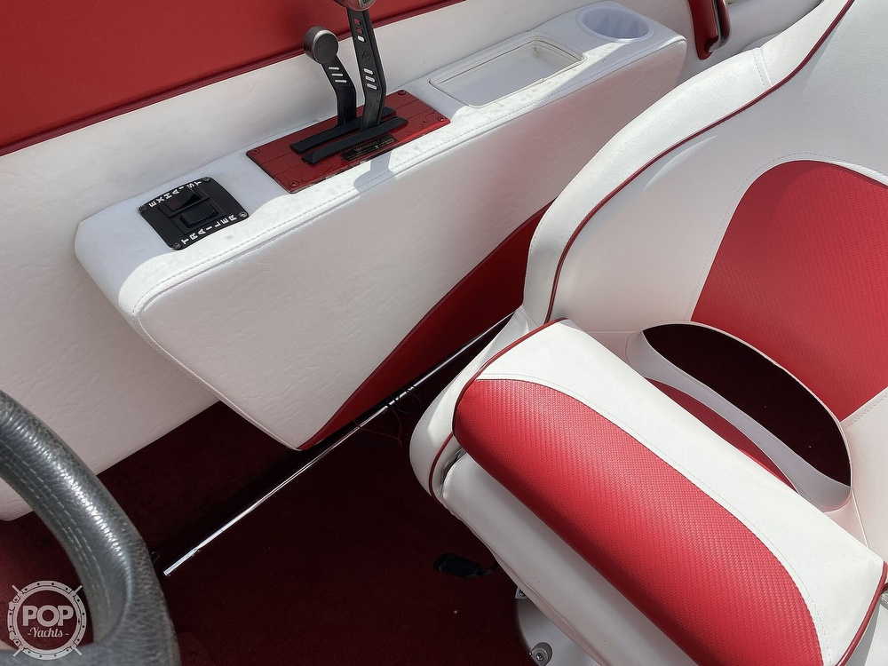 2000 Checkmate boat for sale, model of the boat is Convincor & Image # 30 of 40